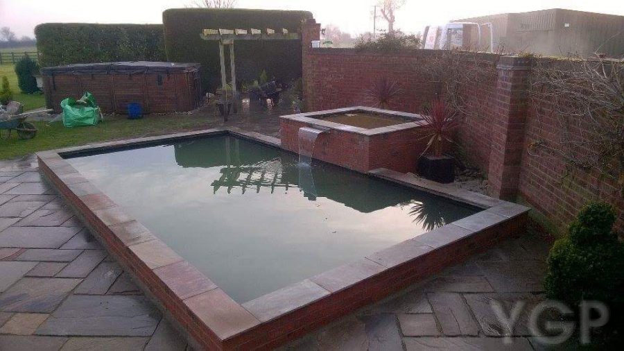 Sleaford, Leasingham (Wildlife, Fish Pond Build, Oase Skimmer Fitted,  Crystal Clear Water Warranted)